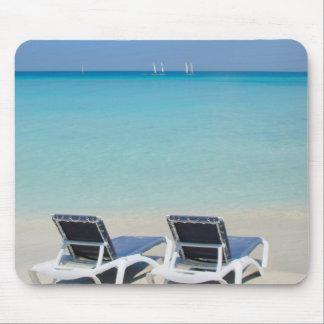 Varadero, Cuba. Sillas de la arena y de playa Tapetes De Raton