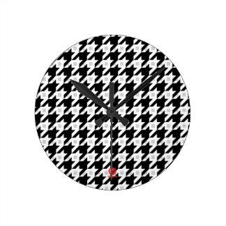 Variación original de Houndstooth en blanco Reloj