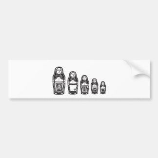 Varias muñecas jerarquizadas rusas etiqueta de parachoque