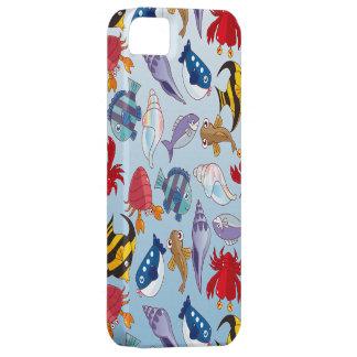 Variedad colorida de pescados iPhone 5 fundas
