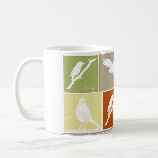 Variedad del pájaro tazas de café