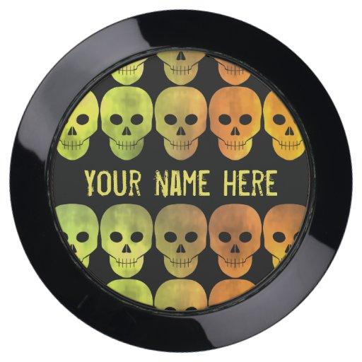 Variegated yellow skulls USB charging station