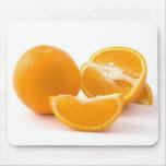 Varios naranjas jugosos tapetes de raton