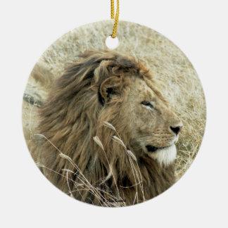 Varón del león adorno navideño redondo de cerámica