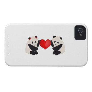Varón y hembra de la panda con el corazón Case-Mate iPhone 4 carcasa