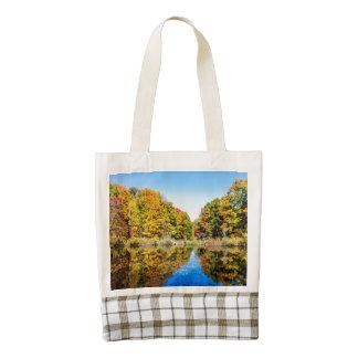 Vassar Farms Pond Zazzle HEART Tote Bag