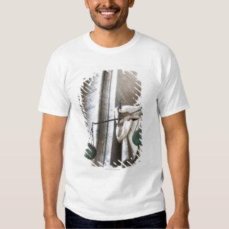 Vatican City statue T-shirt