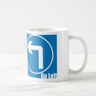 vaya a la izquierda taza de café