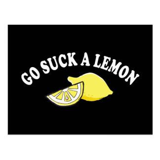 Vaya chupan un limón postal