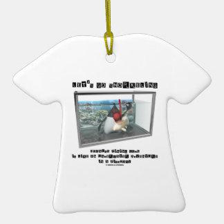 Vayamos a bucear porque el código de fijación es adorno de cerámica en forma de camiseta