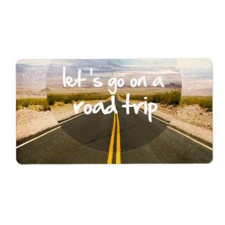 Vayamos en un viaje por carretera etiquetas de envío