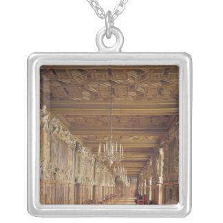 Vea abajo de la longitud de la galería de Francisc Grimpola
