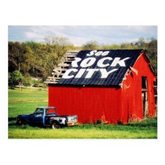 Vea el granero de la ciudad de la roca tarjetas postales