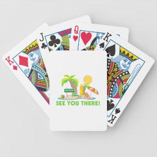 Véale en la playa barajas de cartas
