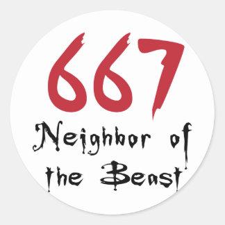 Vecino 667 de la bestia etiqueta redonda