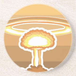Vector de la explosión nuclear posavasos personalizados