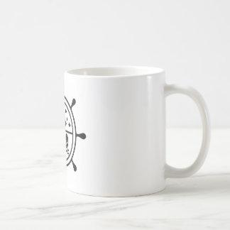 Vector de la rueda de la aventura taza de café