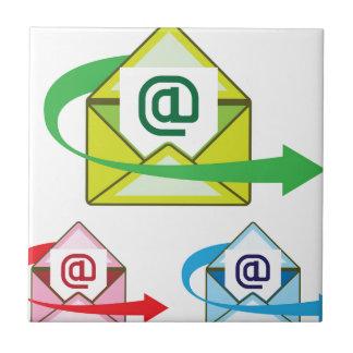 Vector enviado correo del icono del correo azulejo cuadrado pequeño