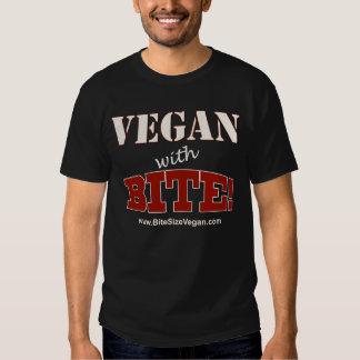 ¡Vegano con la mordedura! Camiseta ligera del Polera