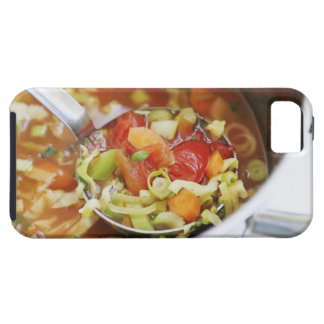 Vegetable soup in pan iPhone SE/5/5s case