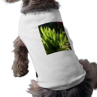 Vegetación tropical de Maui Playera Sin Mangas Para Perro