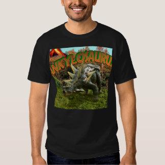 Vegetación y volcán del parque del dinosaurio del poleras