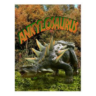 Vegetación y volcán del parque del dinosaurio del postales