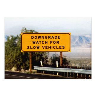 Vehículos lentos del Downgrade Comunicados Personalizados