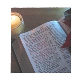 Vela, biblia, y Poinsetta Libreta Para Notas