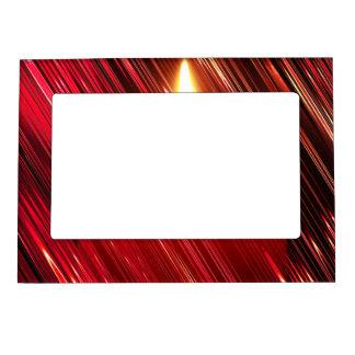 Vela roja en la lluvia marcos magneticos para fotos