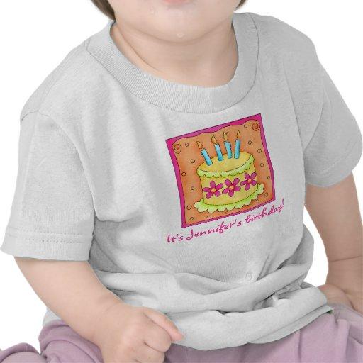 Velas de la torta del feliz cumpleaños del amarill camisetas