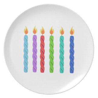 Velas del cumpleaños plato