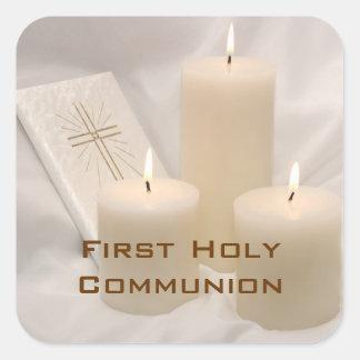 Velas y comunión santa del libro de oración primer calcomanías cuadradass personalizadas