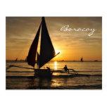 Velero de Paraw en la postal de Boracay