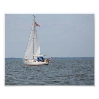 Velero del infinito que navega el lago Michigan Fotografía