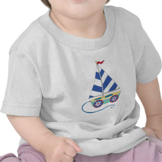 Velero del juguete para los muchachos camiseta