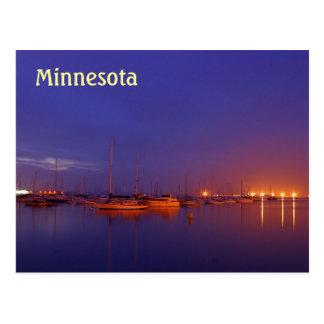 Veleros de Minnesota en puerto deportivo en la pos Postales