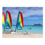 Veleros y barco de cruceros en el Caribe Tarjetas Postales