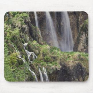 Veliki Slap (Waterfall) Plitvice Lakes National Mouse Pad