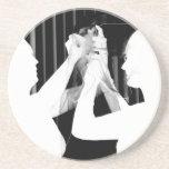 Velo de novia blanco y negro por el &bridesmaid de posavasos personalizados