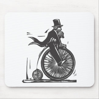 velocipede_mouse_pads-re3cbf1f838364fe78c355eed7ab9c1ae_x74vi_8byvr_324.jpg