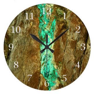 Vena natural de la turquesa en piedra marrón reloj redondo grande
