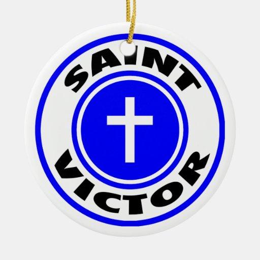 Vencedor del santo adorno navideño redondo de cerámica