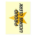 Vendedor orgulloso de la licencia tarjetas postales