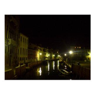 Venecia a través de una cámara quebrada postal