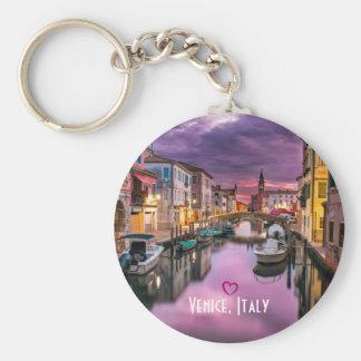 Venecia, canal escénico de Italia y arquitectura Llavero Redondo Tipo Pin