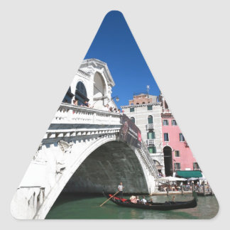 Venecia hermosa, puente de Rialto Calcomanía Trianguladas Personalizadas