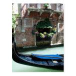 Venecia, Italia - foto del detalle de la góndola Postal