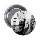 Venecia Pins