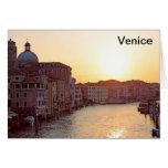 Venecia, puesta del sol en el canal grande tarjeta